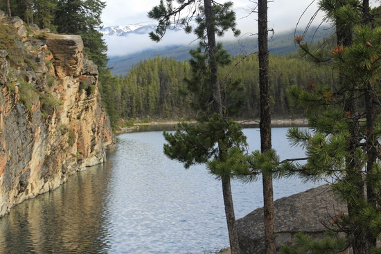 Horseshoe Lake, alberta cliff jumping, Jasper